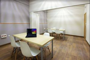 Space in coworking to work, receive visits and manage your company