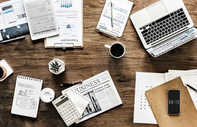 Es muy beneficioso tener tu mesa ordenada en la oficina